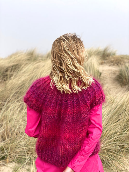 Hana Cropped Cardigan with capped Sleeves - Degrade Fuschia