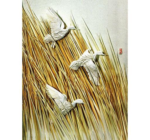 """Картина в технике Бумагопластики (Бумажной скульптуры). """"Шорок травы и крыльев"""" Автор работы: Им Сон Ми"""