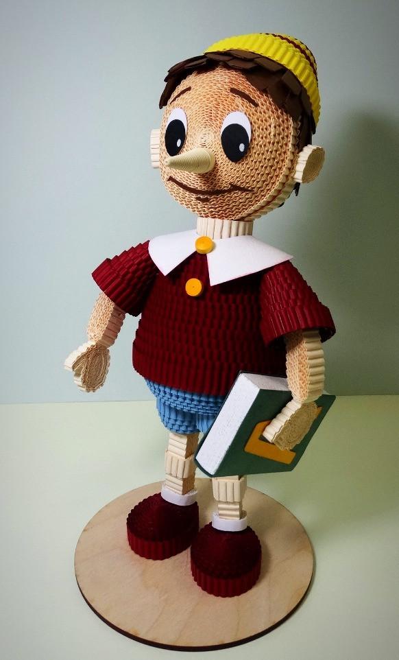 Игрушка из гофрокартона Буратино.