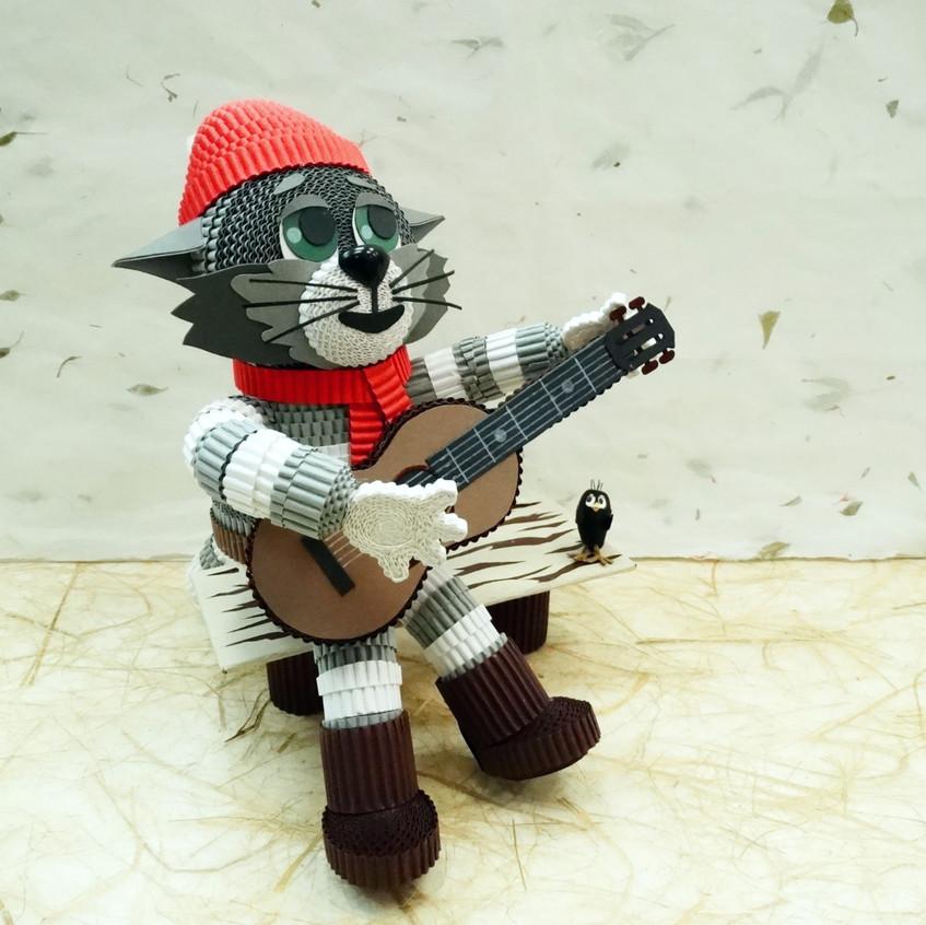 Игрушка из квиллинга Кот Матроскин из мультфильма Простоквашино.