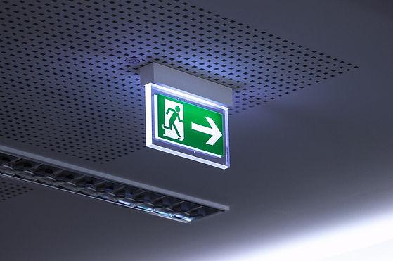 emergency-exit-4168808_1920.jpg
