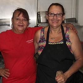 Two La Flor cooks