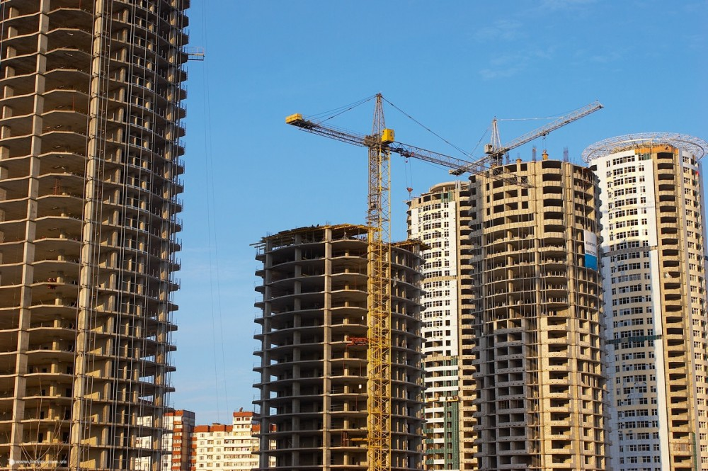 строящийся многоквартирный дом