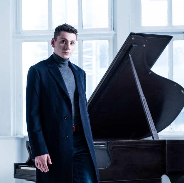 Dominic Cheli, Pianist