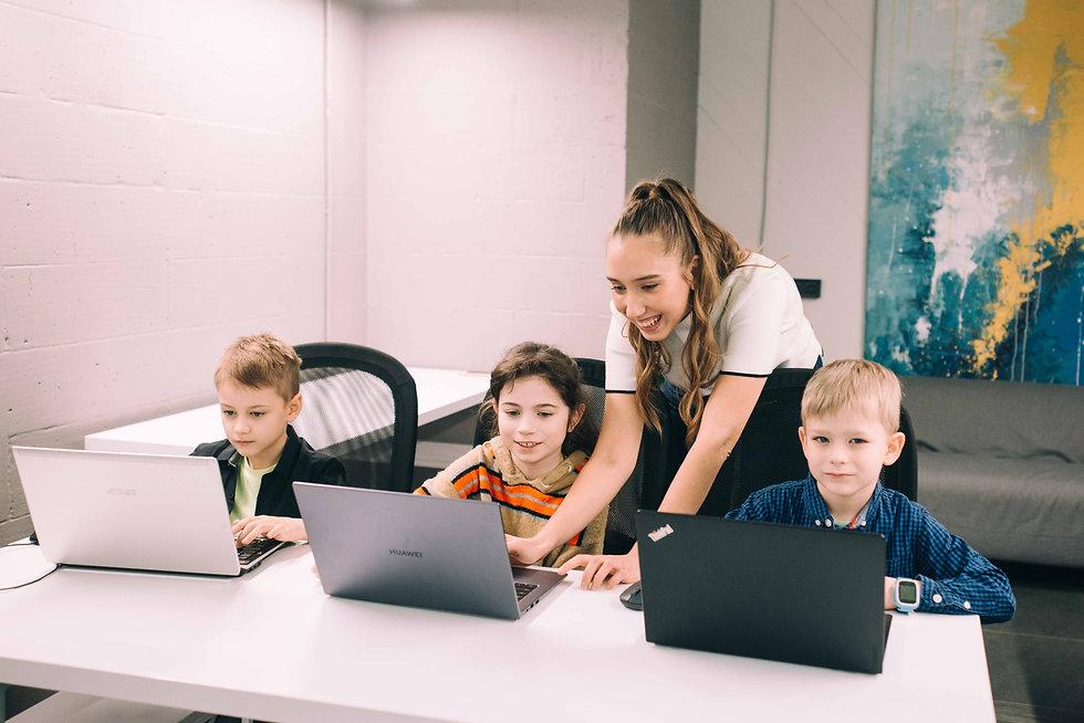 курсы-программирования-для-школьников.jpg