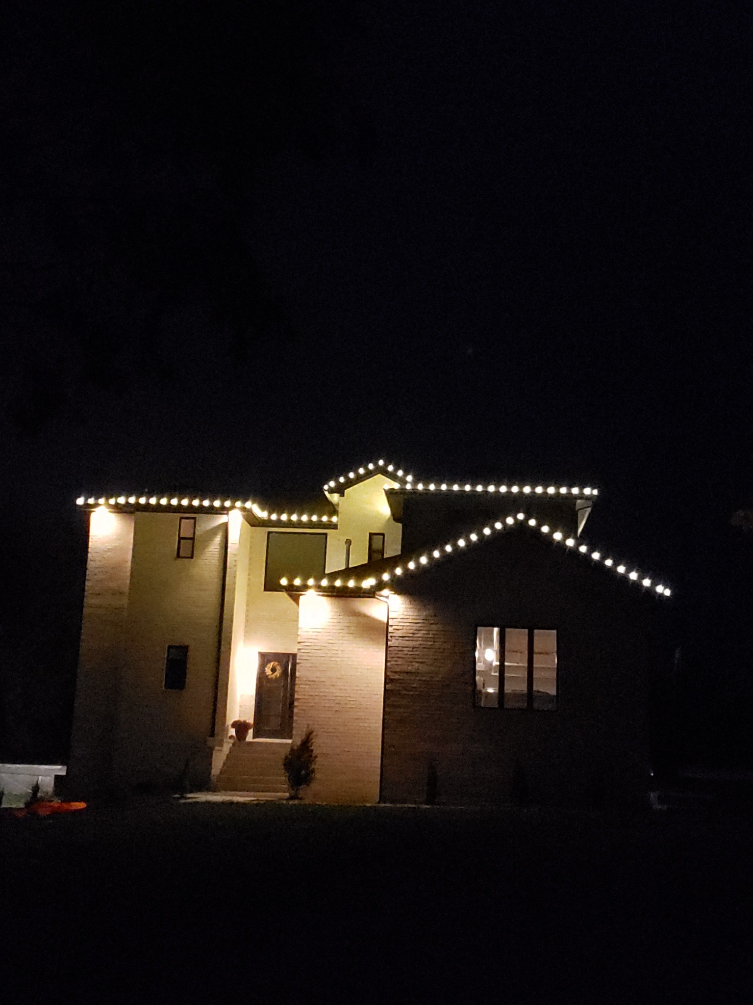 Arrington's Christmas Lights 2.jpg