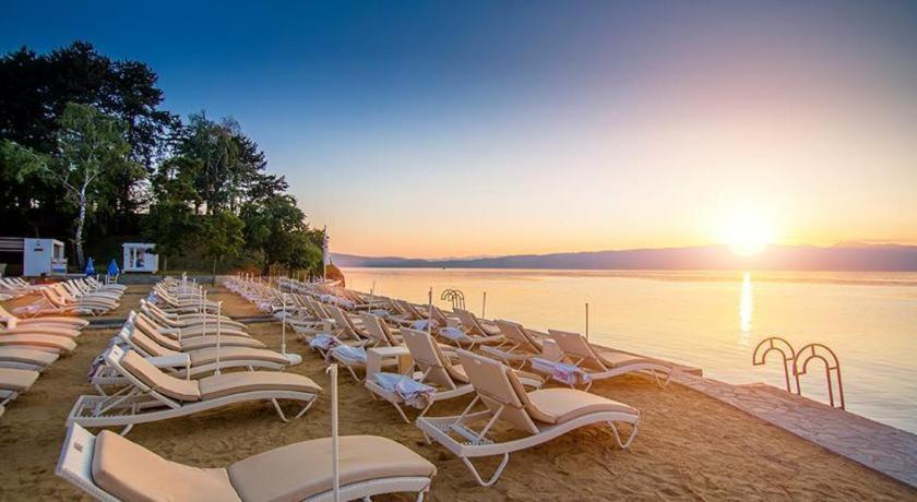 Golden Beach Ohrid.jpg