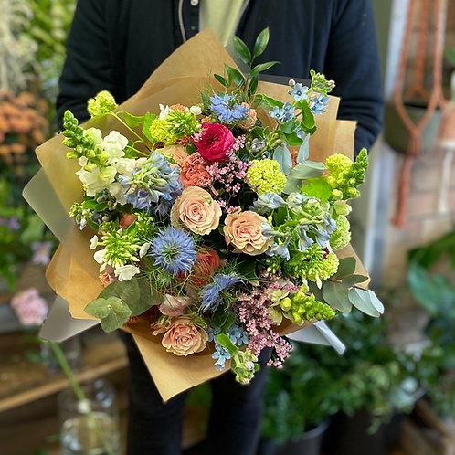 Fresh flower hand tied workshop