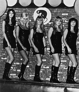 The_Pleasure_Seekers_(band).jpg