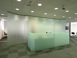 משרד פתוח מזכוכית