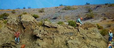 1/72 dinosaur excavation