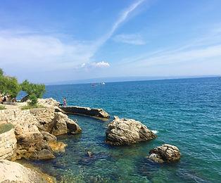kasjuni beach in croatia