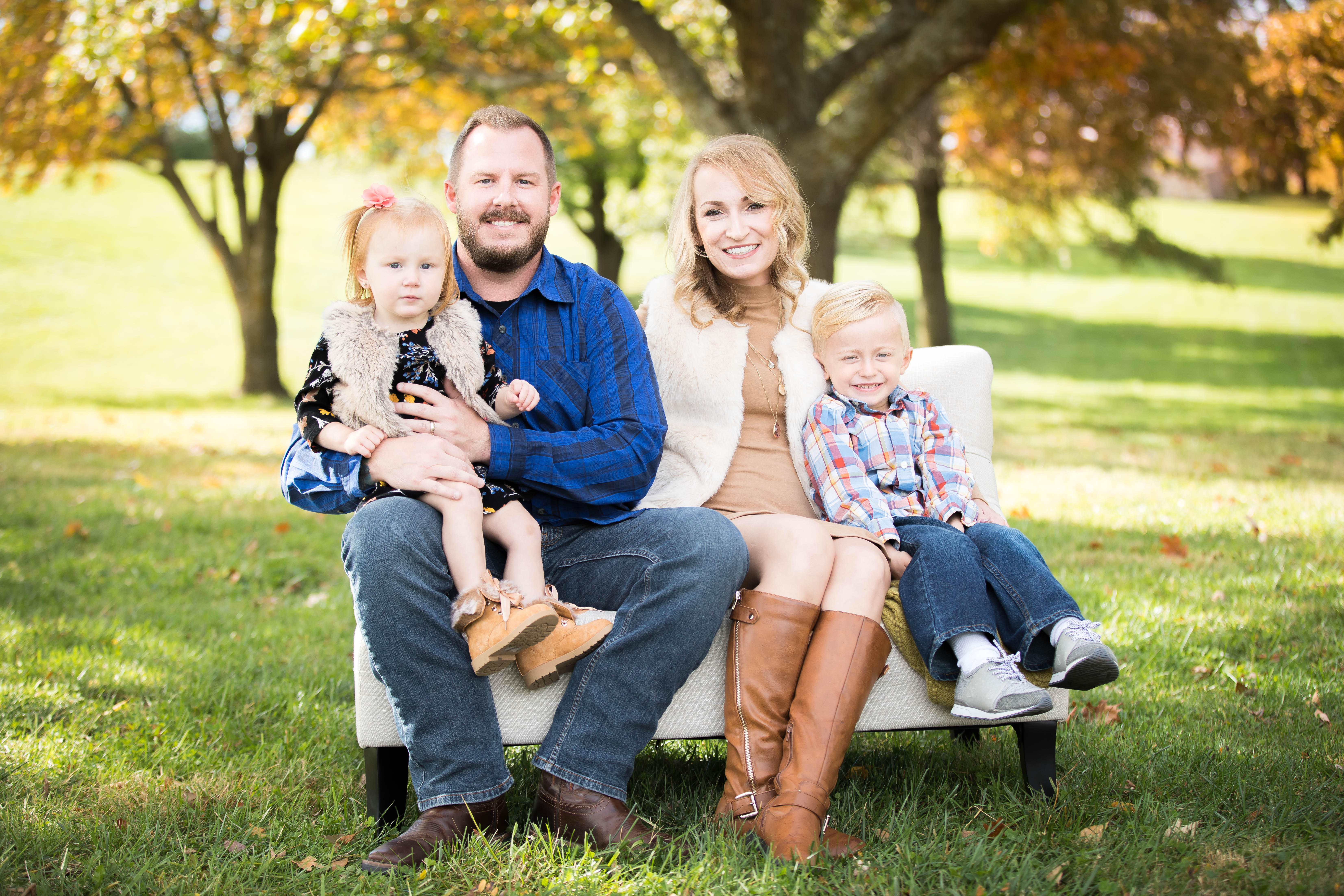 family photographer in raymore mo