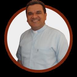 Padre_Cláudio_Roberto_-_Reitor.png