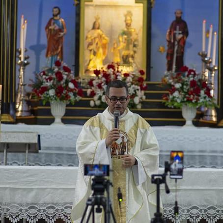 Coroação de Nossa Senhora no Santuário do Padroeiro