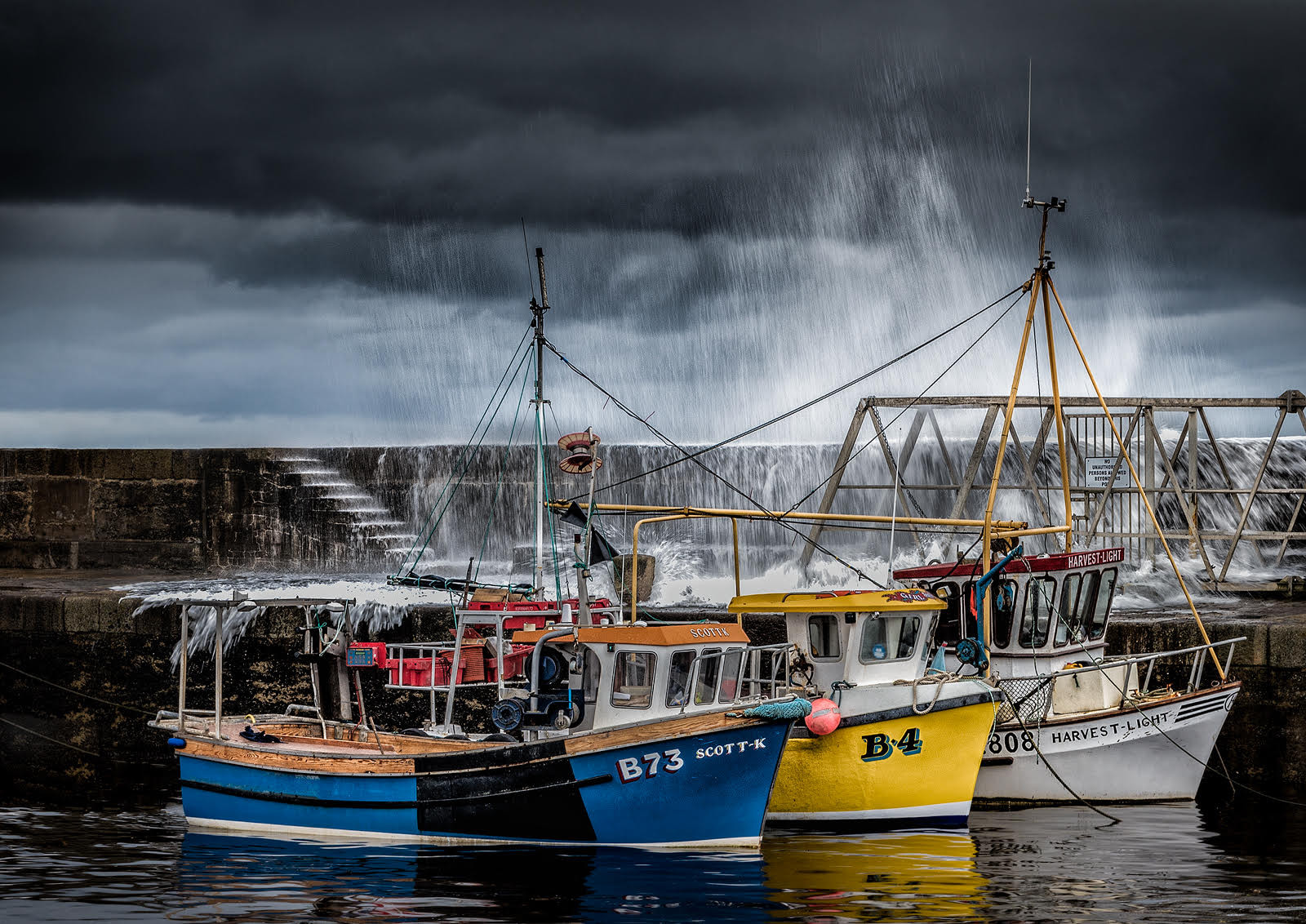 'Safe from the Storm' by Pauline O'Flaherty (8 marks)  -  Merville Newtownabbey Photographic Club