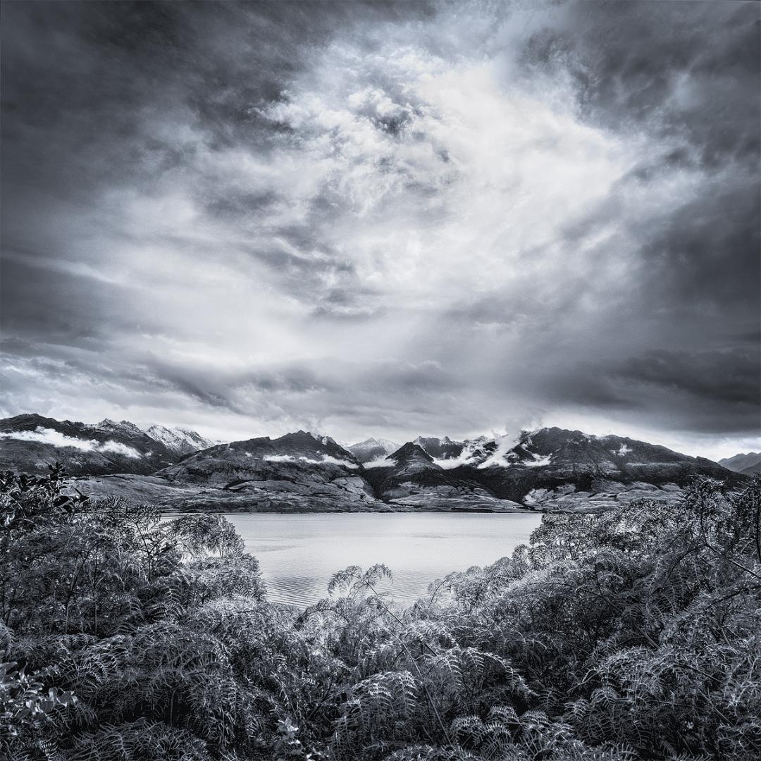 MONO - Central Otago, NZ by Pauline O'Flaherty (10 marks)