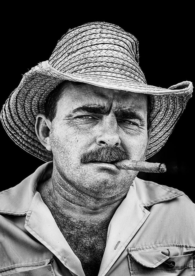 MONO - Tobacco Farmer, Cuba by Pauline O'Flaherty (11 marks)
