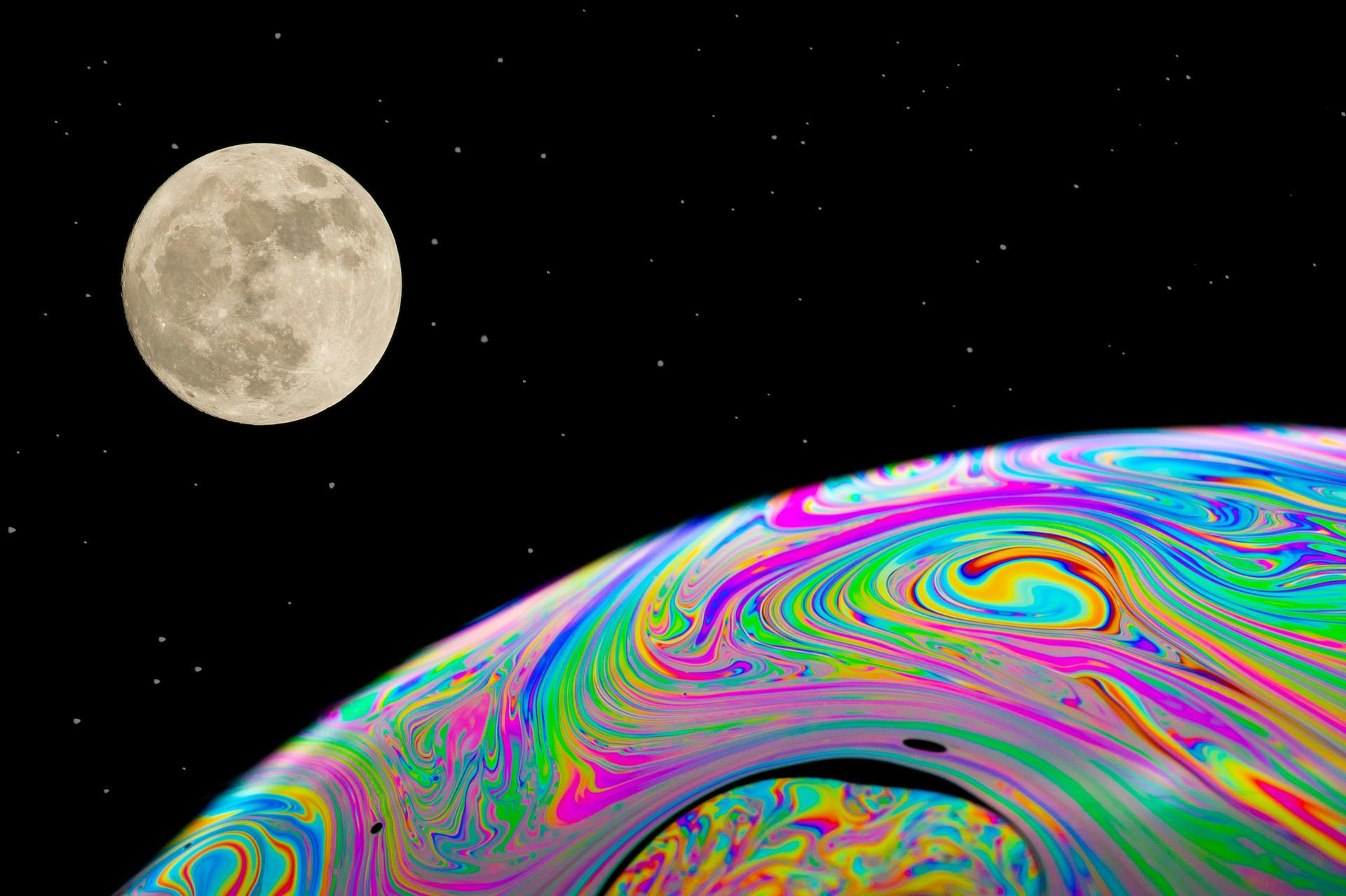 'Space' by Brian Garner ( 10 marks )