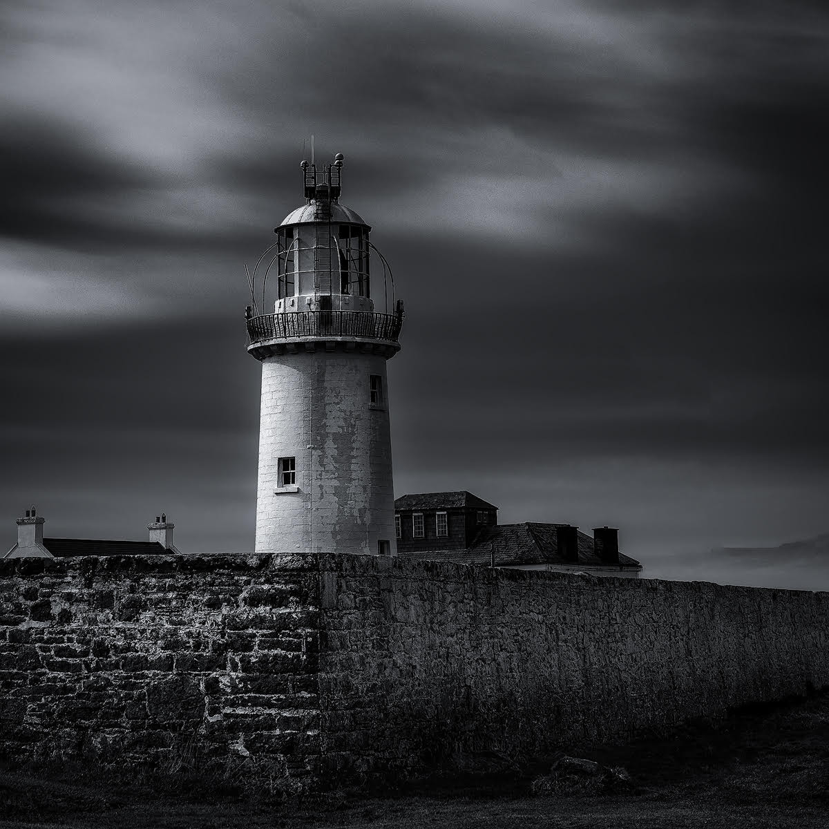 'Loop Head Lighthouse' by Pauline O'Flaherty (11 marks)  -  Merville Newtownabbey Photographic Club