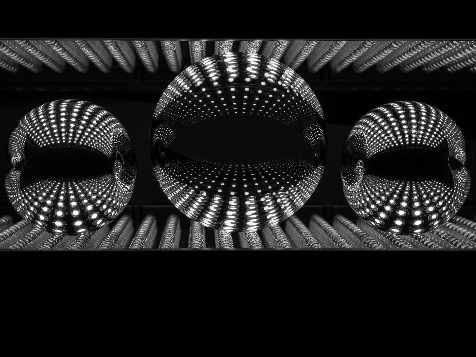 PDI - Crystal Ball Reflections by Steve Stewart (10 marks)