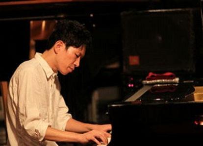ジャズピアノライブ演奏