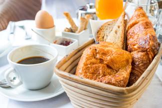 Déjeuner/Breakfast