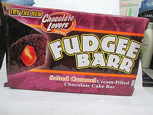 FUDGEE BARR SALTED CARAMEL CREAM-FILLED CHOCO CAKE BAR