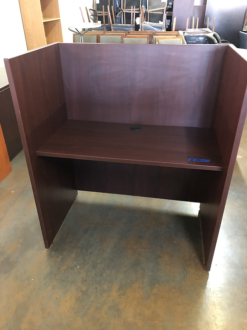 USED privacy workstations