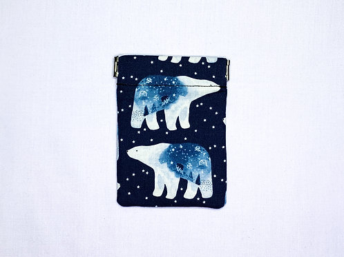 Polar bears (pinch pouch)