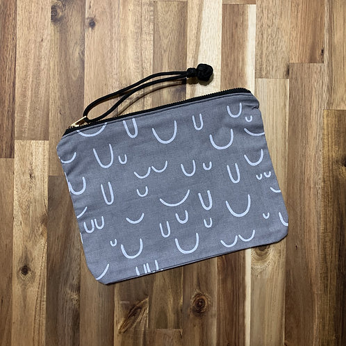 Abstract (pouch)