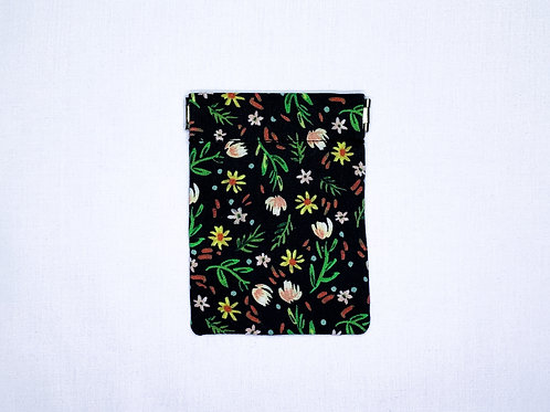 Ditsy floral (pinch pouch)