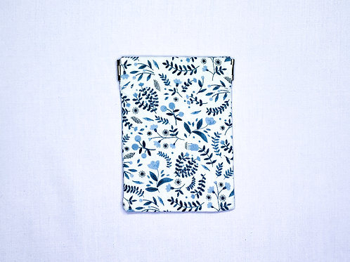 Winter floral (white) (pinch pouch)