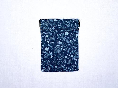 Winter floral (navy) (pinch pouch)