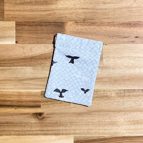 Whale tails (pinch pouch)
