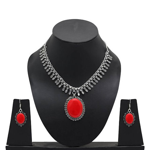 IAmShe Red Glass Stone Necklace & Earring Set