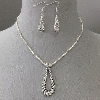 IAmShe Twisted Rope Design Tear Drop Pendant Necklace & Earrings