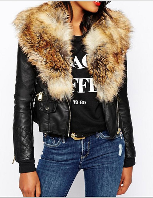 PREORDER ONLY IAmShe Coat With Fur Collar