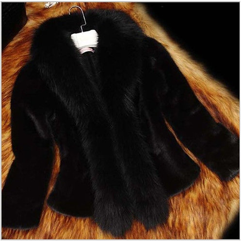 PREORDER ONLY IAmShe Black Casual Fur Coat