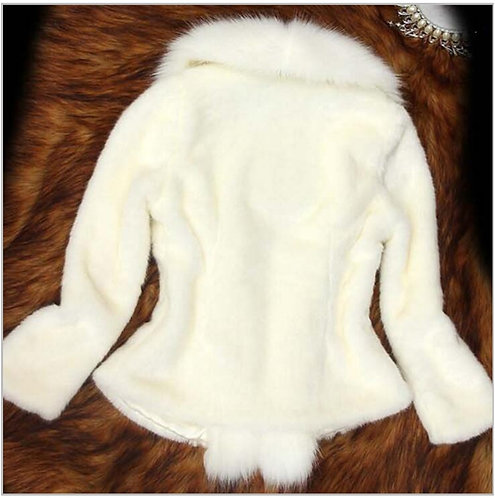 PREORDER ONLY IAmShe White Casual Fur Coat