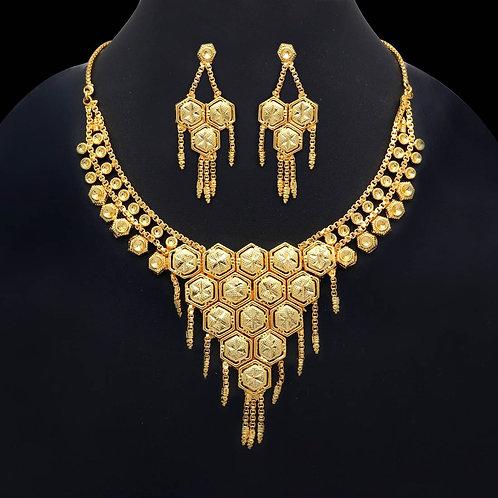 IAmShe Classy Gold Necklace & Earring Set