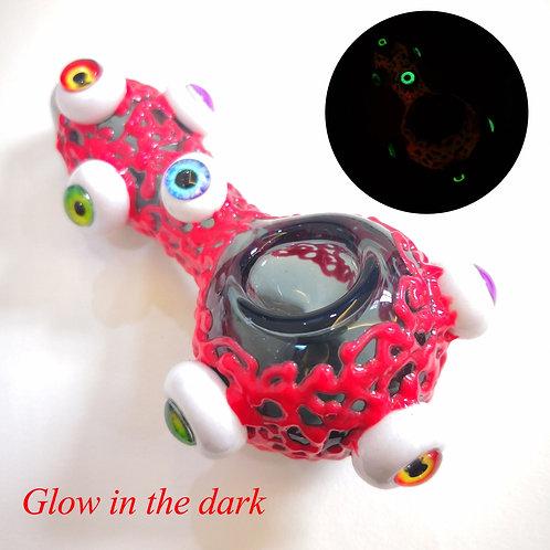 Glow-in-the-dark Glass Pipe