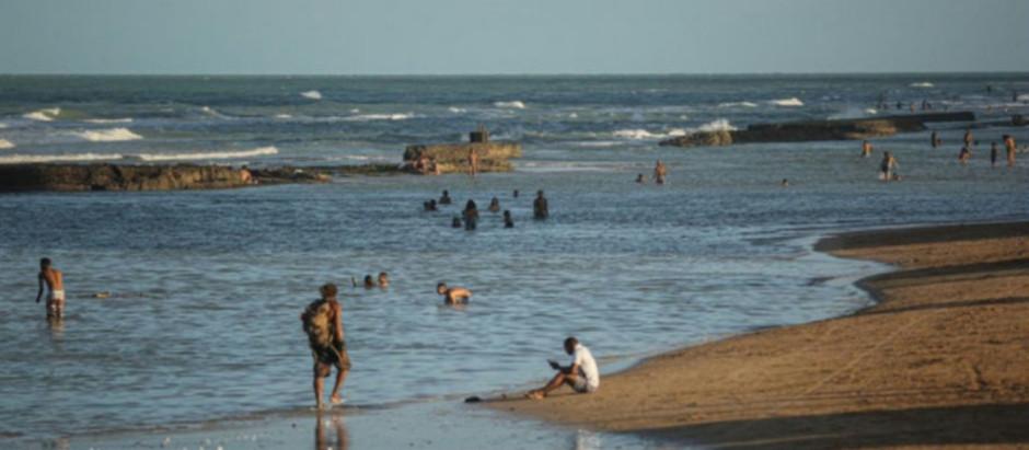 Prefeitura anuncia reabertura de quiosques e liberação do banho de mar no Recife