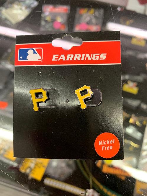 P stud earrings