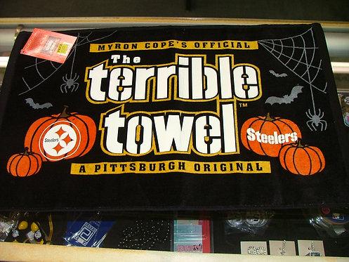 Glow in The Dark umpkin Towel