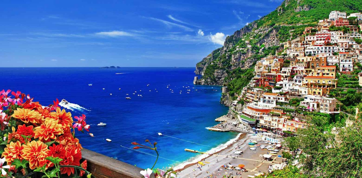Luxury+Amalfi+Coast+Hotels+with+a+View+-+Banner