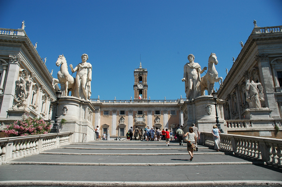 FCO Rome - Piazza del Campidoglio with the Palazzo Senatorio 03 3008x2000