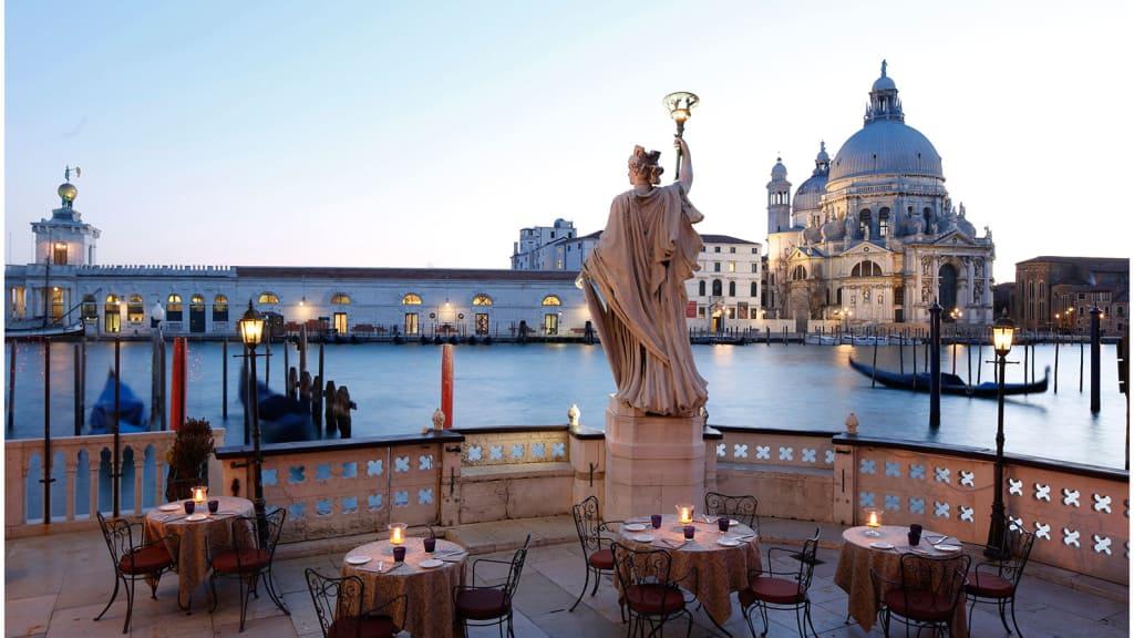 http___cdn.cnn.com_cnnnext_dam_assets_170811130540-bauer-hotel-venice