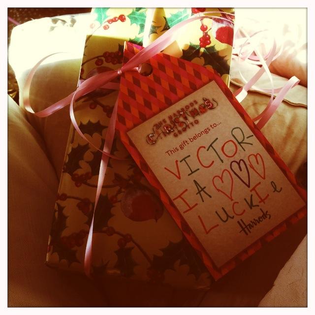 HarrodsGrotto crafts gift tag