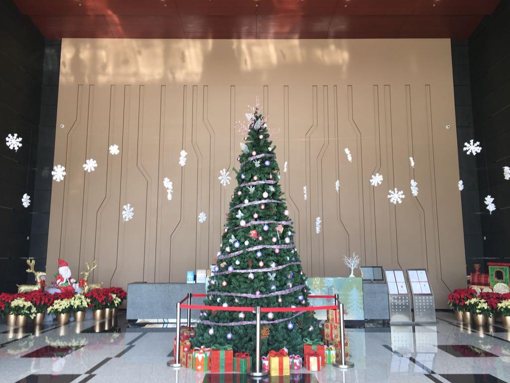 TML.Christmas.4
